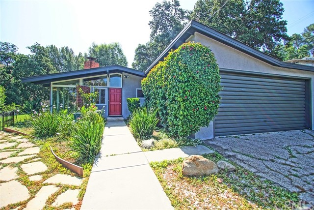 9765 Shadow Island Drive, Sunland, CA 91040