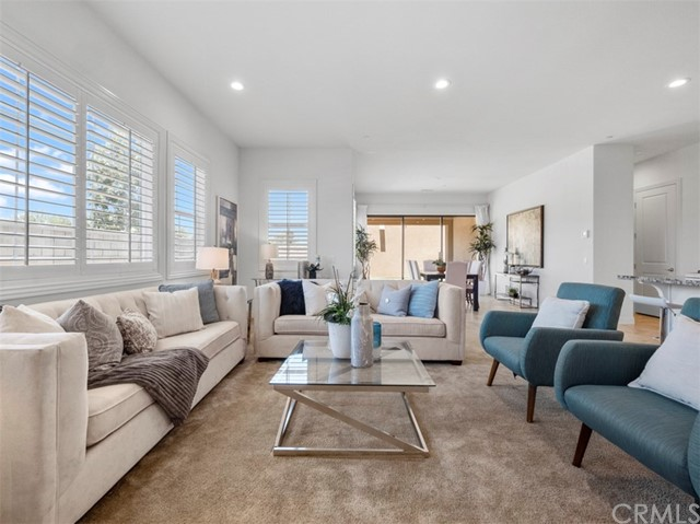8. 58 Big Bend Way Lake Forest, CA 92630