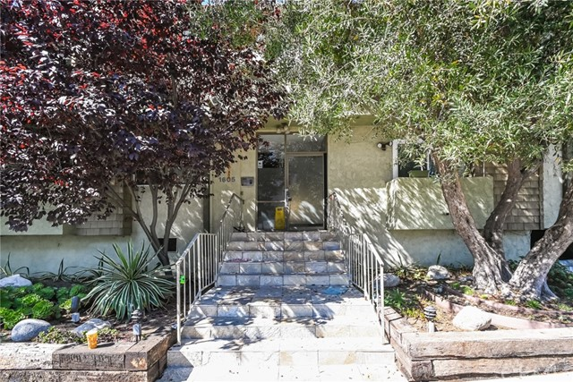 1605 Armacost Avenue 202, West Los Angeles, CA 90025