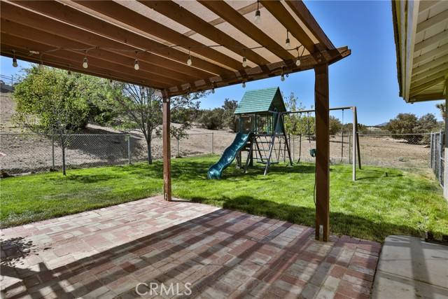 8071 Anaconda Av, Oak Hills, CA 92344 Photo 53