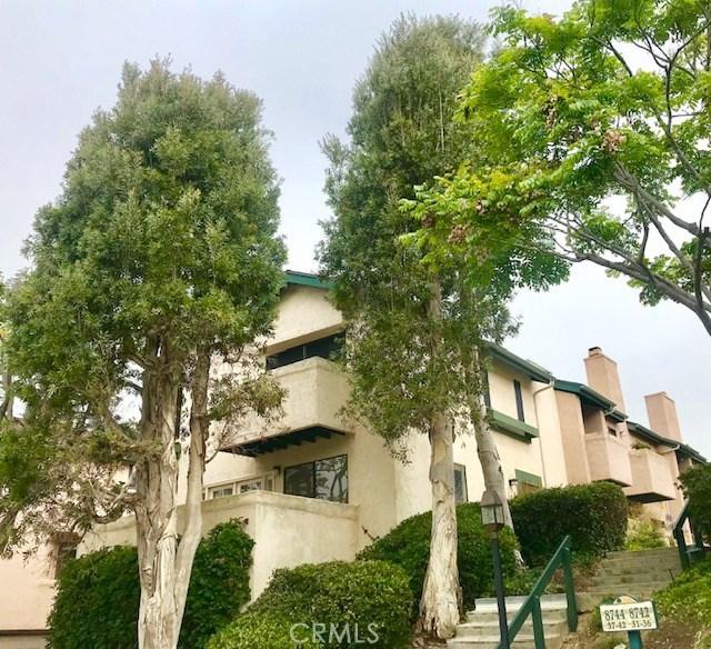 8744 Villa La Jolla Drive 42, La Jolla, CA 92037