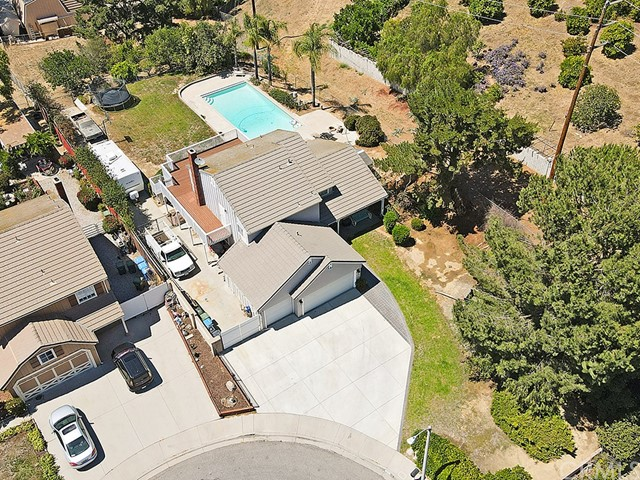 2. 1891 Prance Court Simi Valley, CA 93065