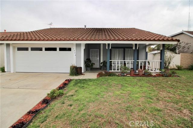1228 E 15th Street, Santa Ana, CA 92701
