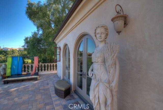 9. 710 Via La Cuesta Palos Verdes Estates, CA 90274