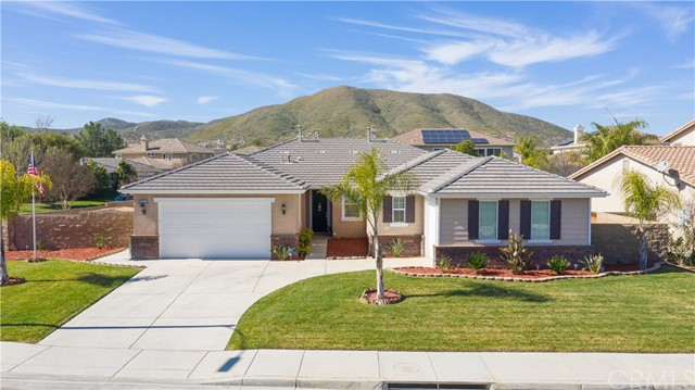 27841 Lake Ridge Drive, Menifee, CA 92585