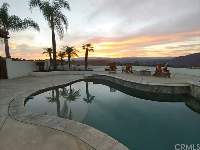 3053 Willow Heights Road, Fallbrook, CA 92028