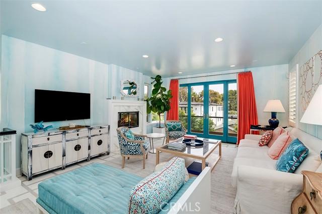 10. 421 1st Street Manhattan Beach, CA 90266