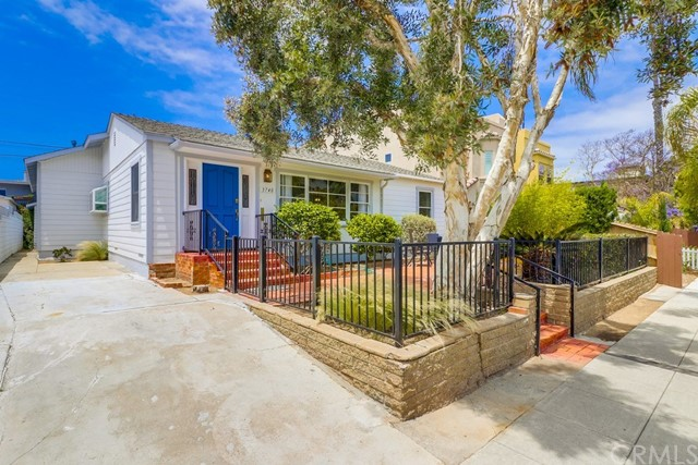 Photo of 3740 Yosemite Street, Pacific Beach, CA 92109