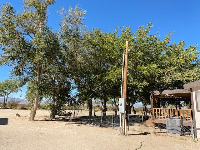 10892 Chickasaw Tr, Lucerne Valley, CA 92356 Photo 2