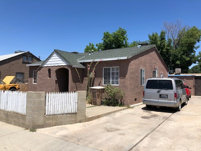 2908 Q Street, Bakersfield, CA 93301