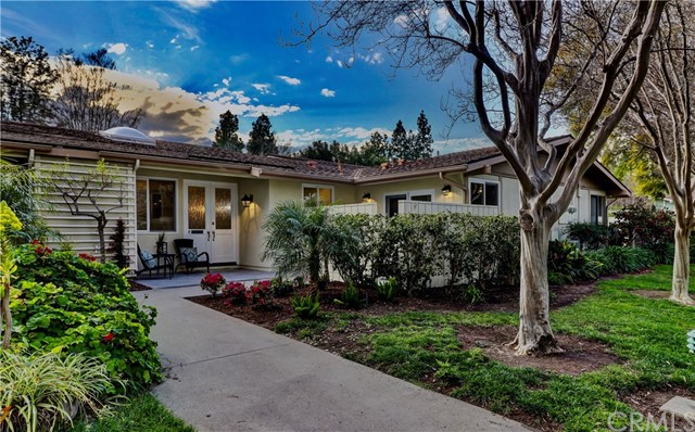 Photo of 195 Avenida Majorca #F, Laguna Woods, CA 92637