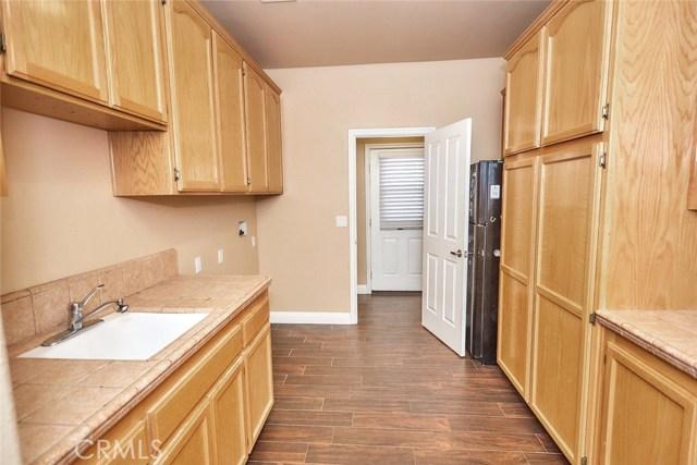 6910 Oak Vista Ln, Oak Hills, CA 92344 Photo 22