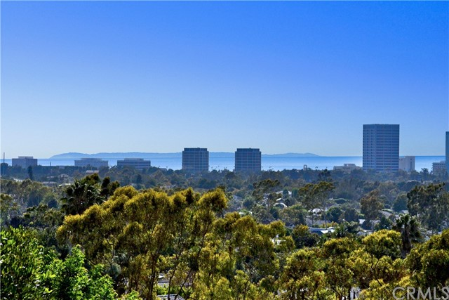 31 Monaco Newport Beach, CA 92660