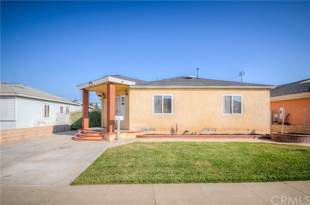 2322 Roswell Avenue, Long Beach, CA 90815