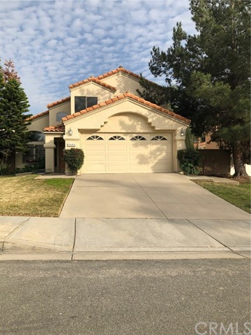 7653 Sweetwater Ln, Highland, CA 92346