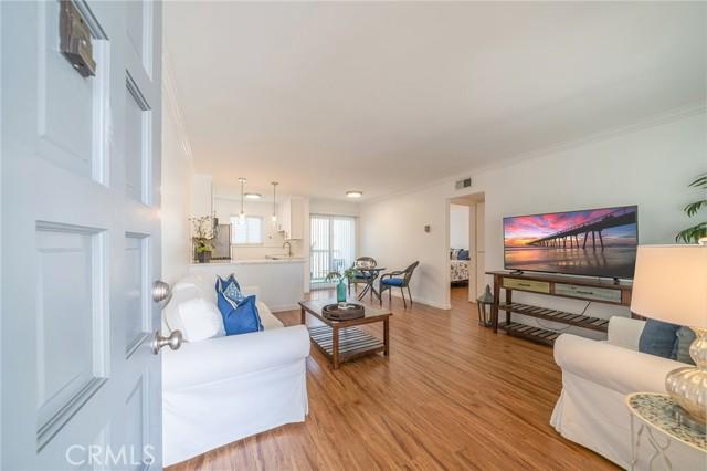 2411 Prospect, Hermosa Beach, California 90254, 1 Bedroom Bedrooms, ,1 BathroomBathrooms,Condominium,For Lease,Prospect,PV21073332