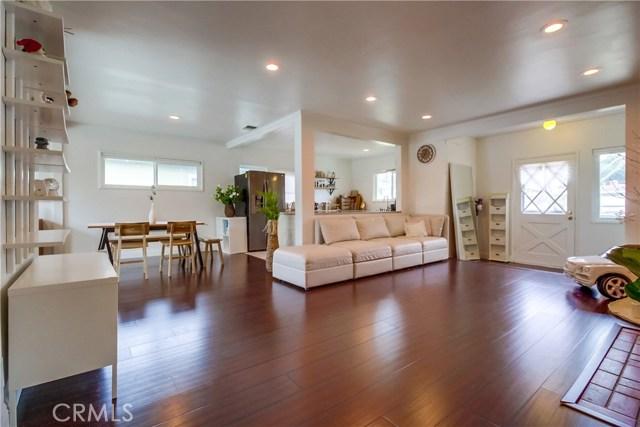 3435 Snowden Avenue, Long Beach, CA 90808