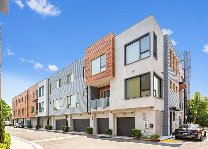 Photo of 135 W Live Oak Avenue, Arcadia, CA 91007