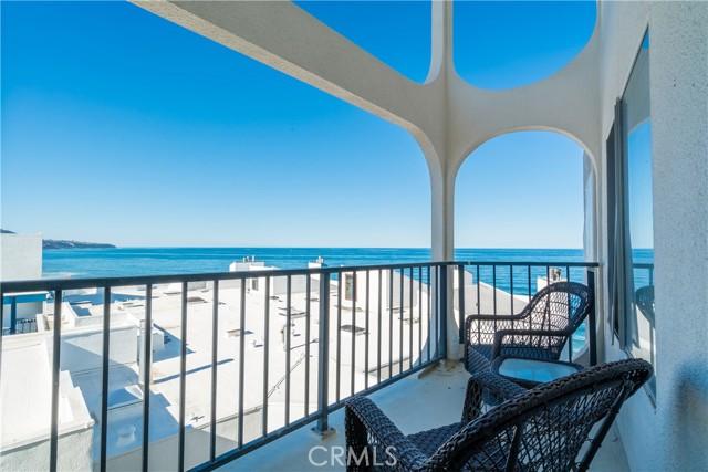 565 Esplanade 412, Redondo Beach, California 90277, 2 Bedrooms Bedrooms, ,2 BathroomsBathrooms,For Rent,Esplanade,SB21026937