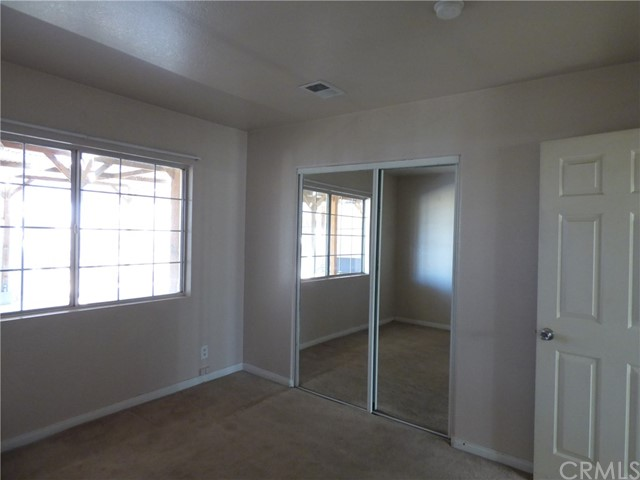 10974 Adobe Rd, Oak Hills, CA 92344 Photo 7