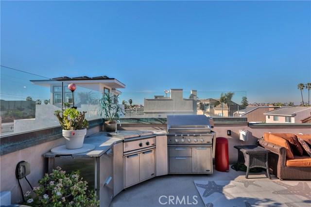 16716 Bay View Drive, Sunset Beach, CA 92649