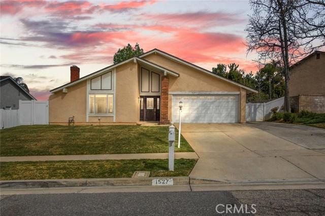 1527 Powell Ln, Redlands, CA 92374