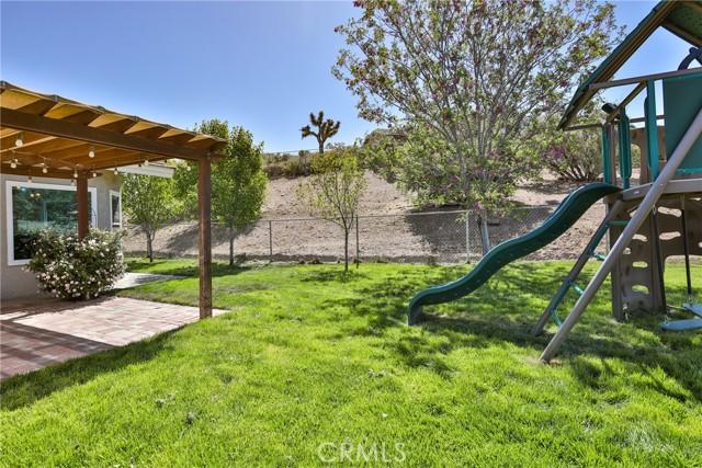 8071 Anaconda Av, Oak Hills, CA 92344 Photo 54