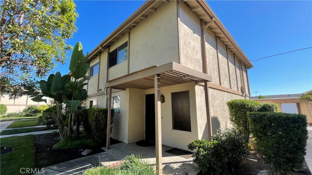 1881     Mitchell Avenue   40, Tustin CA 92780
