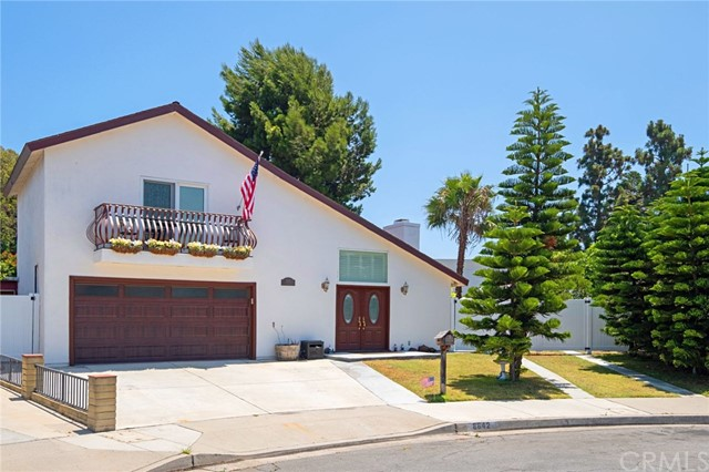 8842 Anthony Drive, Huntington Beach, CA 92647