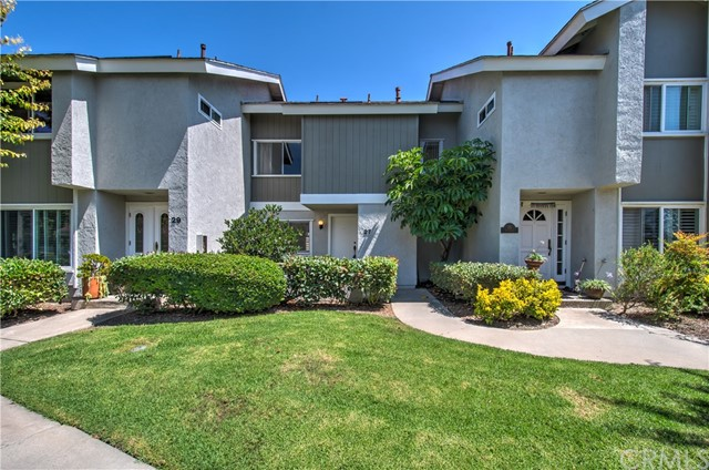27 Sunflower 15, Irvine, CA 92604