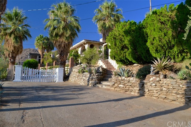 1716 Ridge Road, Palm Springs, CA 92264