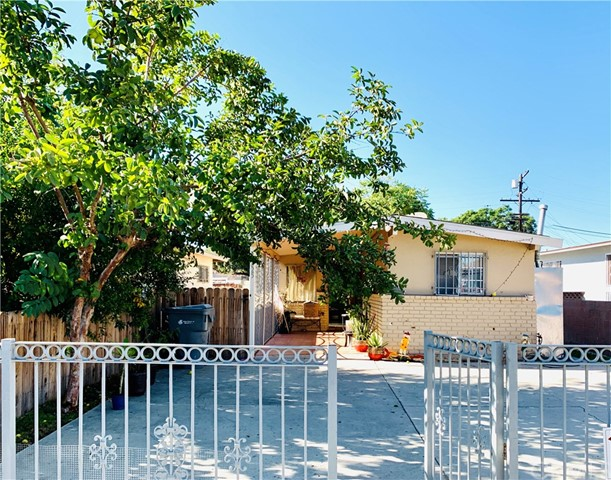 12025 3rd Avenue, Lynwood, CA 90262