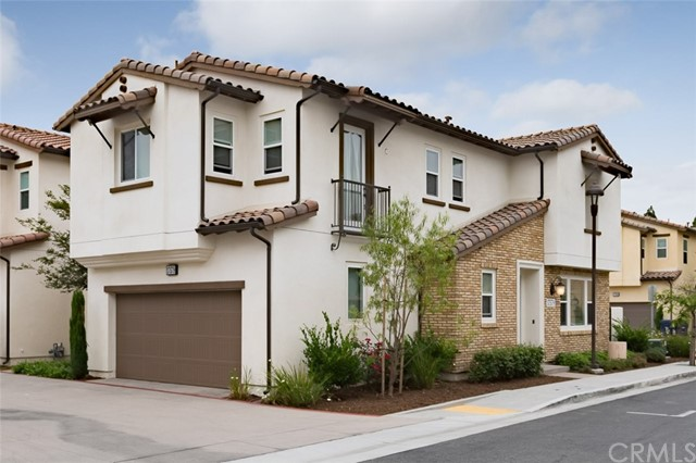 17579 Amaranth Place, Fountain Valley, CA 92708