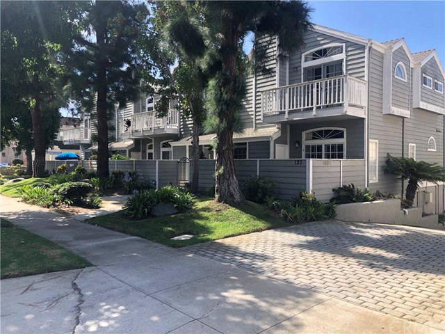 Photo of 125 S Lucia Avenue #6, Redondo Beach, CA 90277