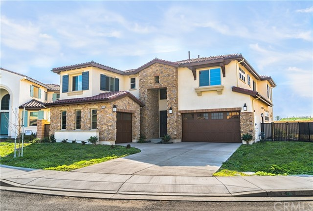 941 Feather Hollow, Chino Hills, CA 91709