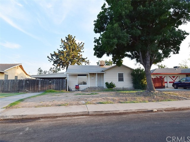 3398 Mayfair Drive N, Fresno, CA 93703