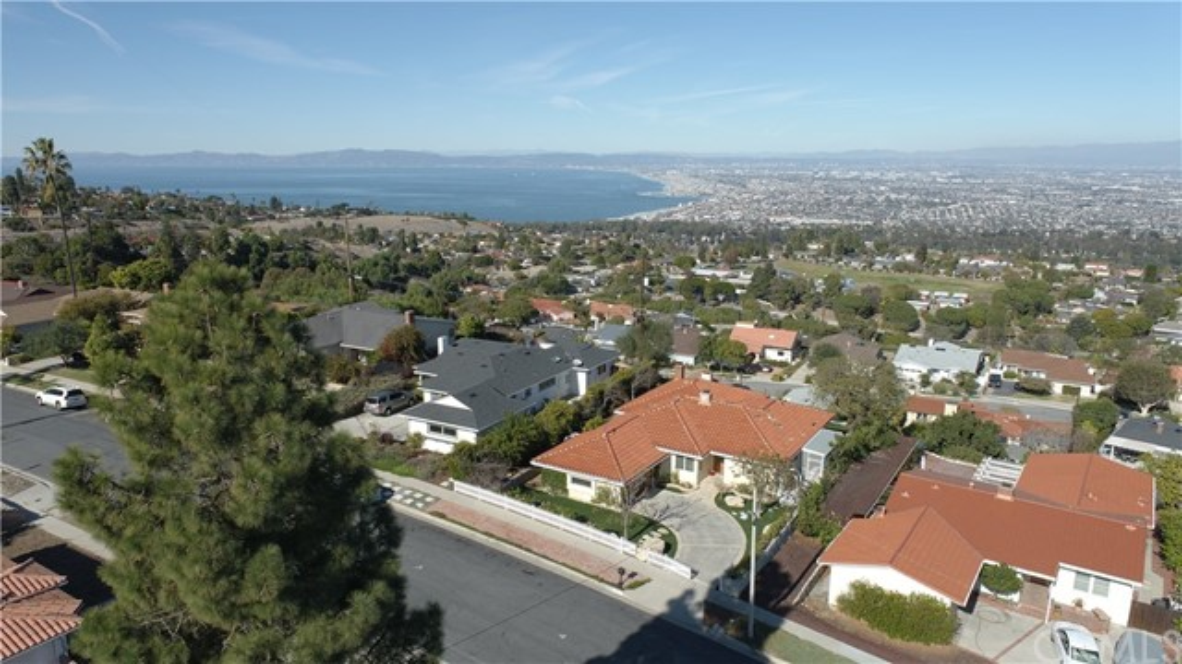 61. 5333 Littlebow Road Rancho Palos Verdes, CA 90275
