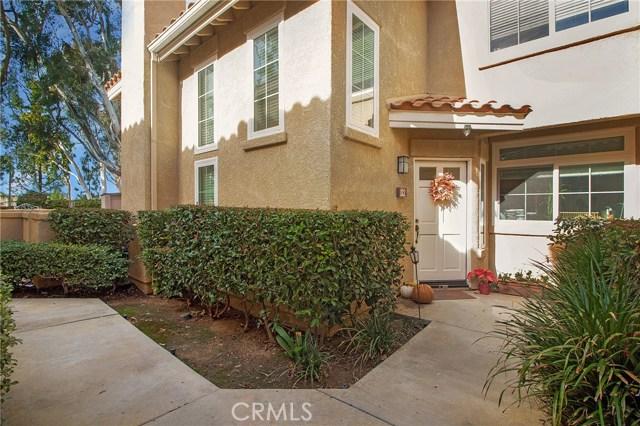 8215 E White Oak 32, Orange, CA 92869