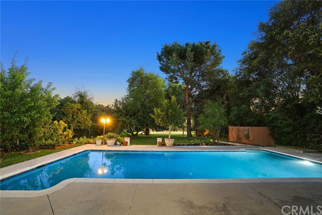 29. 2996 San Pasqual Street Pasadena, CA 91107