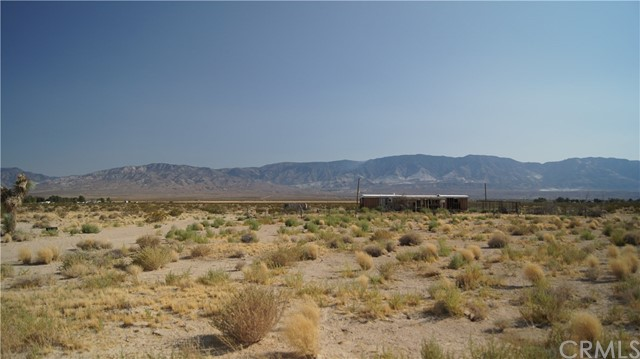 37023 Rabbit Springs Rd, Lucerne Valley, CA 92356 Photo 4