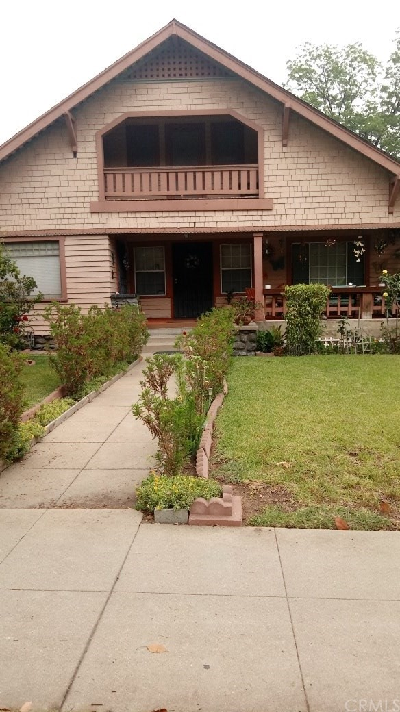 1074 N Los Robles Av, Pasadena, CA 91104 Photo 0