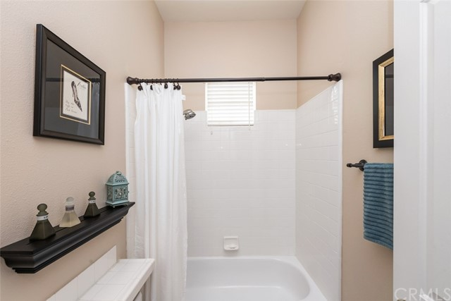 Large secondary bathroom