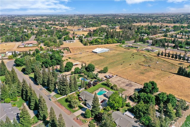 8. 6105 Spring Valley Drive Atwater, CA 95301