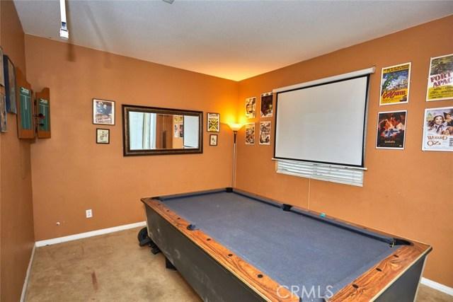 9030 Guadalupe Av, Oak Hills, CA 92344 Photo 15