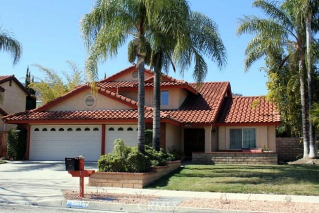 2750 Mangular Avenue, Corona, CA 92882