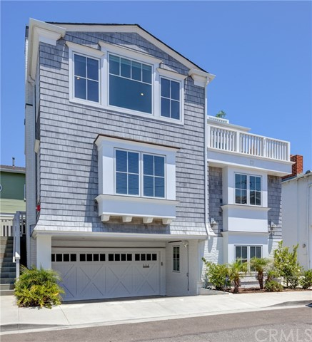 542 Pine Street, Hermosa Beach, California 90254, 4 Bedrooms Bedrooms, ,2 BathroomsBathrooms,For Sale,Pine,SB20125496