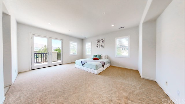 Ample Master Bedroom Suite with balony access