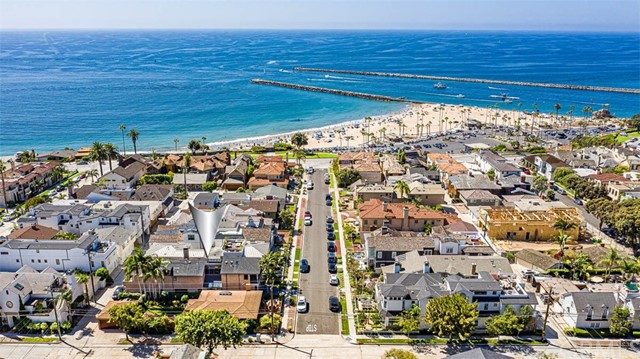 Photo of 228 Larkspur Avenue, Corona del Mar, CA 92625