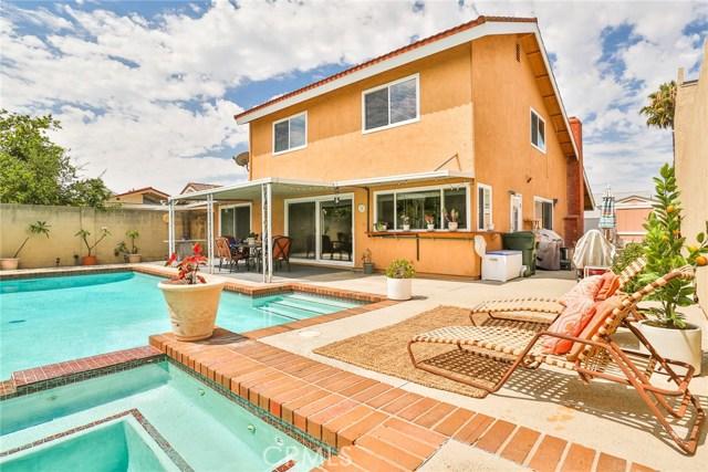 1320 S Pembrooke Lane, Anaheim, CA 92804