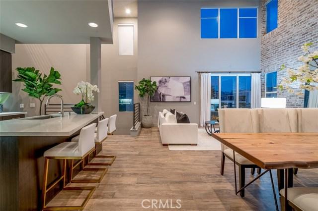 242 Rockefeller, Irvine, CA 92612